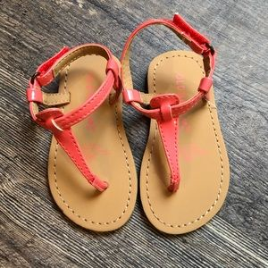 BRAND NEW ! Size 5 Coral Old Navy Sandal